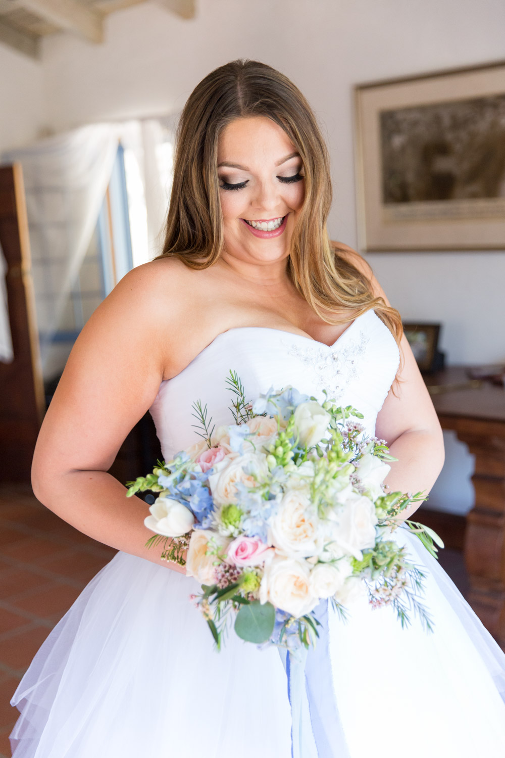 San Diego wedding photographer takes beautiful bridal portrait of a bride at Leo Carrillo