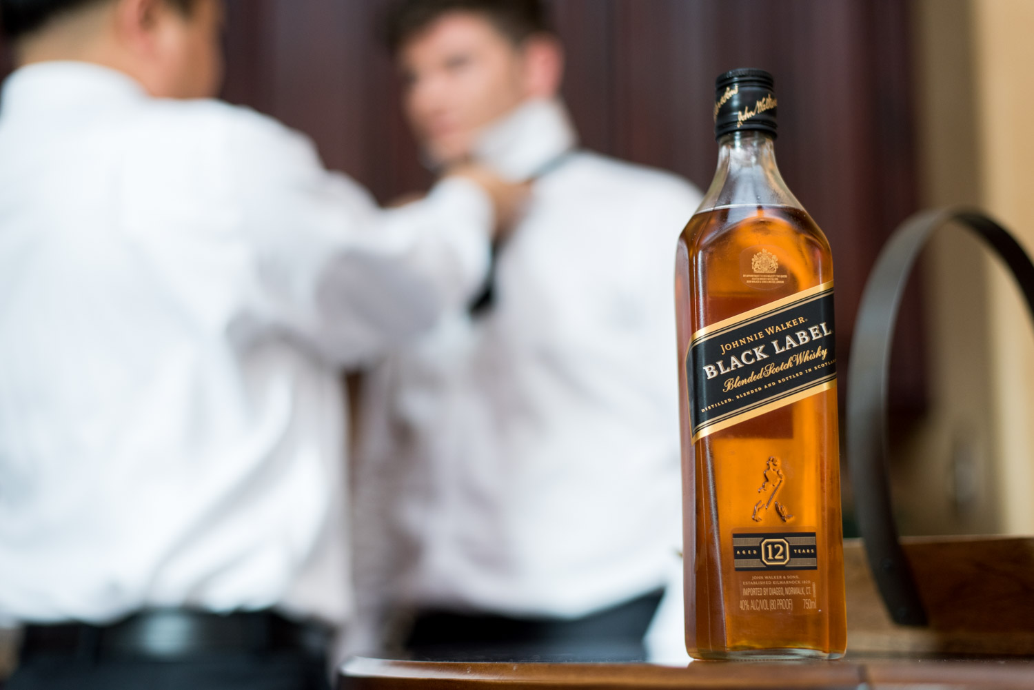 Johnny Walker Black for the groom and groomsmen on his wedding day, Cavin Elizabeth Photography