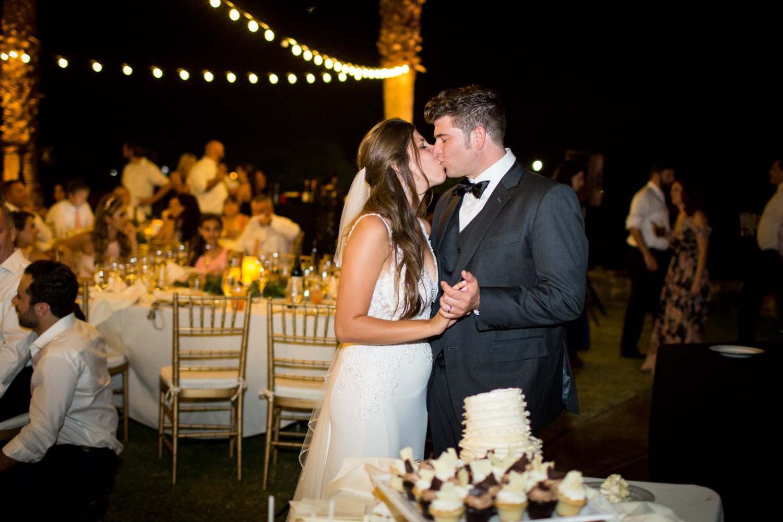 Bride and groom cut their wedding cake at Desert Ridge Estate, Cavin ELizabeth Photography