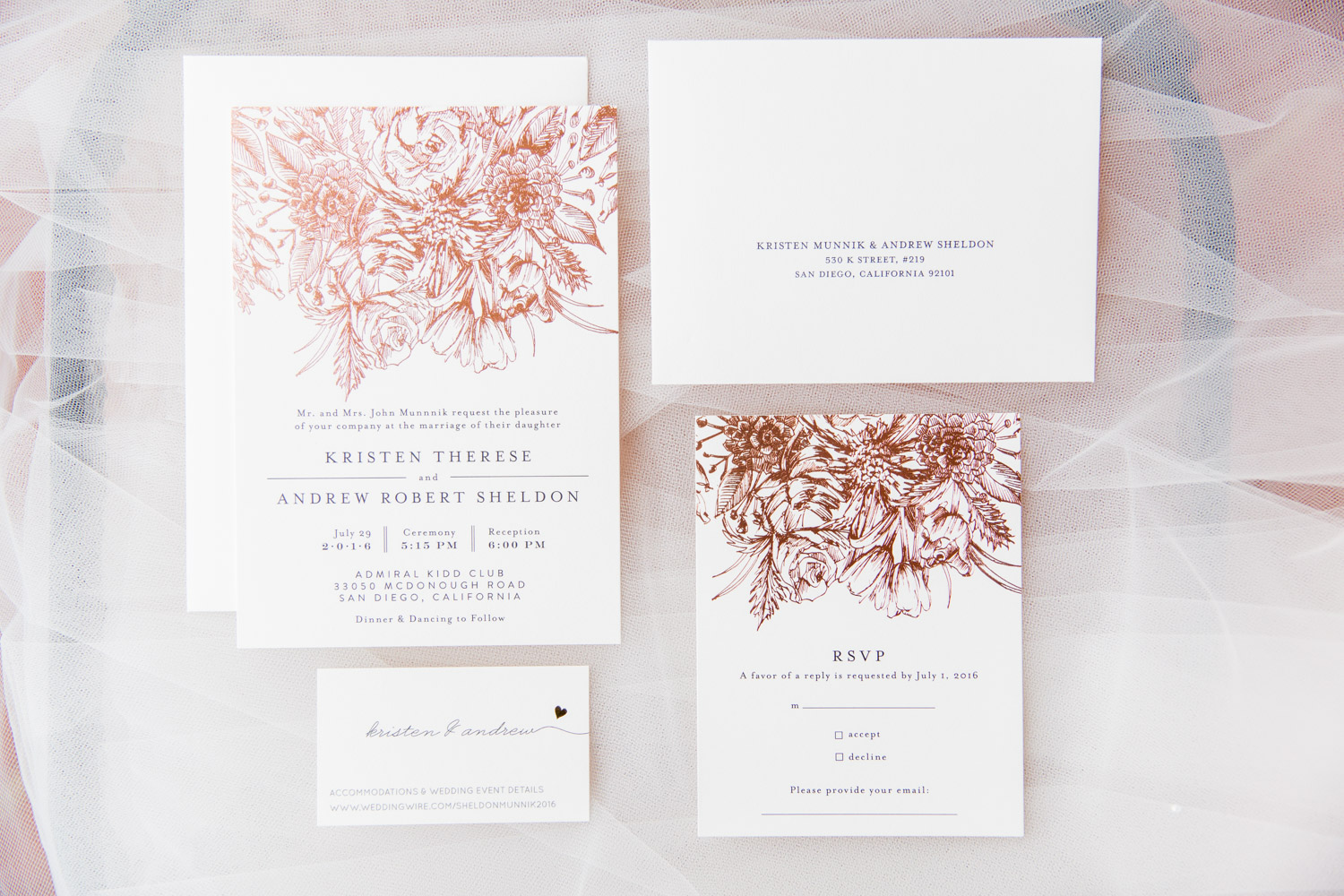 Beautiful white paper with rose gold stationery from Minted for wedding invitations, Cavin Elizabeth Photography
