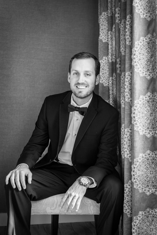 Groom portrait before the wedding, Cavin Elizabeth Photography