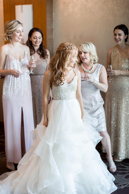 Bride getting ready for her Indian Wells Golf Resort Wedding in La Quinta, Cavin Elizabeth Photography