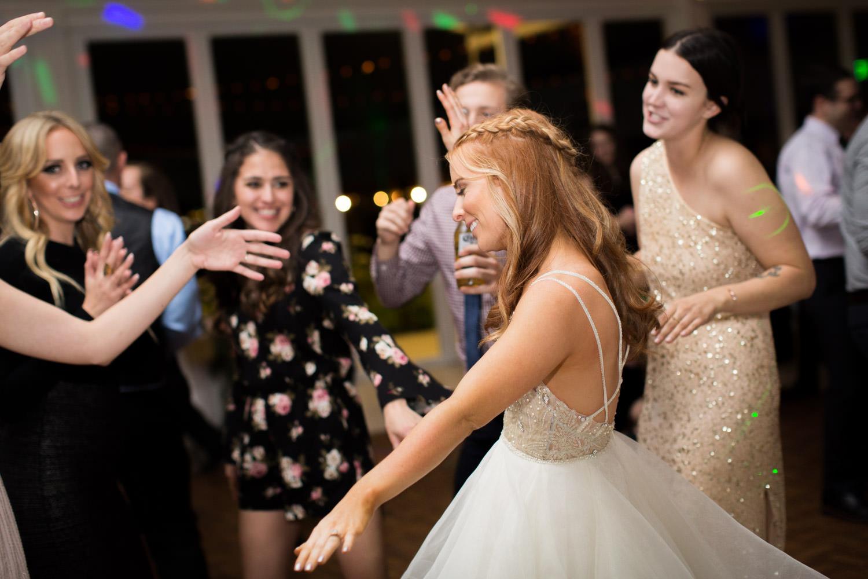 Indian Wells Golf Resort reception dancing, Cavin Elizabeth Photography