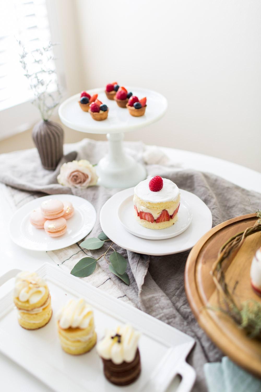 Wedding Cake Tasting Advice, wedding dessert inspiration, Cavin Elizabeth Photography
