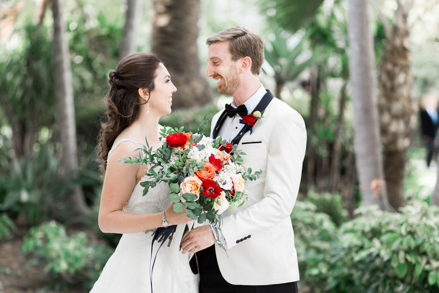 Hotel del Coronado wedding first look, Cavin Elizabeth Photography