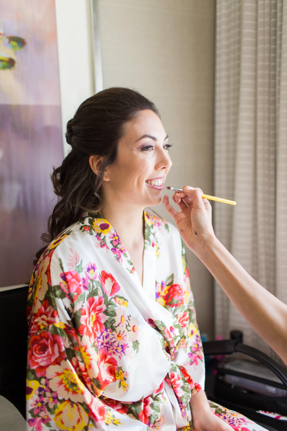 Bride getting ready at the Hotel del Coronado, Cavin Elizabeth Photography