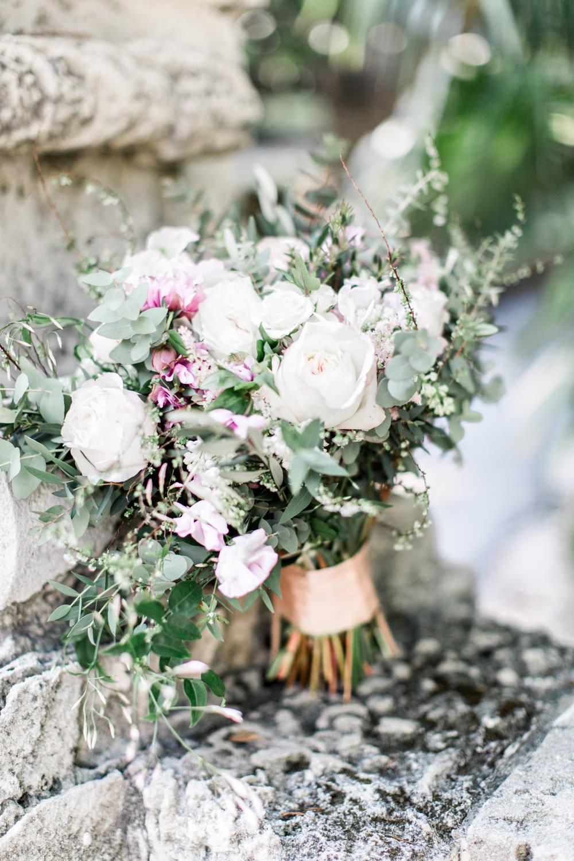 Miami Vizcaya Museum Wedding Photography, Cavin Elizabeth Photography, Julia Rohde Designs bridal bouquet