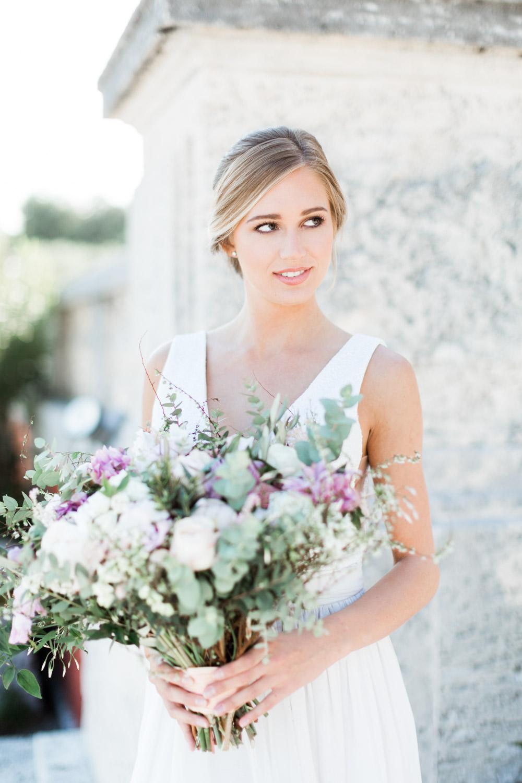 Miami Vizcaya Wedding Photography, Cavin Elizabeth Photography, bridal portrait with bouquet
