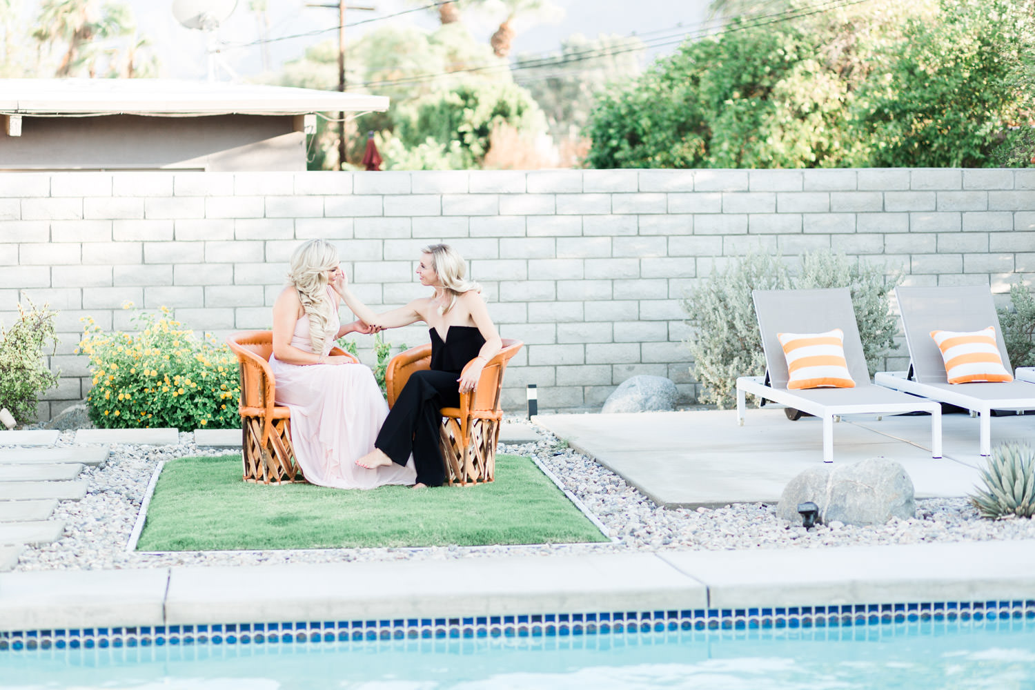 Chic Palm Springs Engagement at Home   Palm Springs Photographer