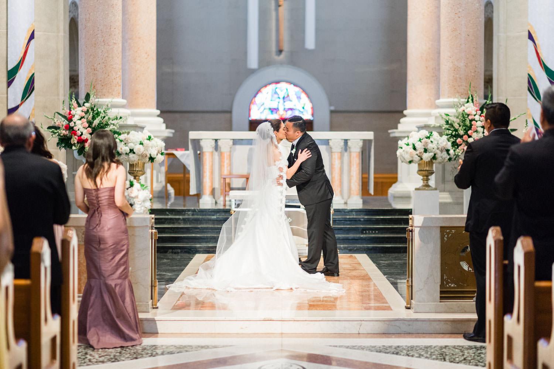 San Diego Immaculata USD ceremony, Cavin Elizabeth Photography