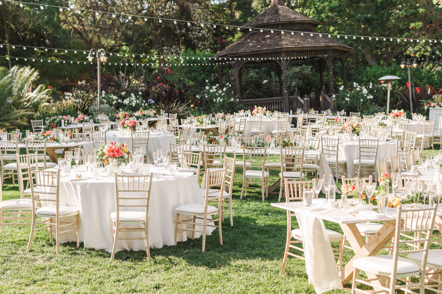 San Diego Botanic Garden Wedding reception with pink peach white and green, Cavin Elizabeth Photography
