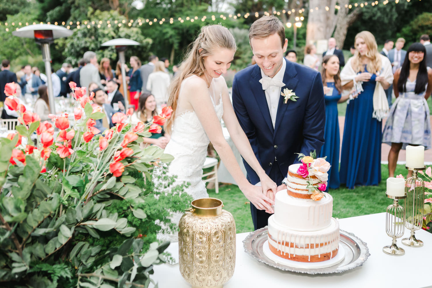 Bride and groom cake cutting at San Diego Botanical Garden, Cavin Elizabeth Photography