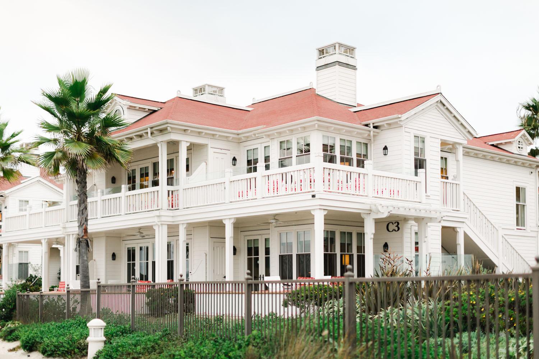 Romantic Hotel Del Coronado Engagement, Cavin Elizabeth Photography