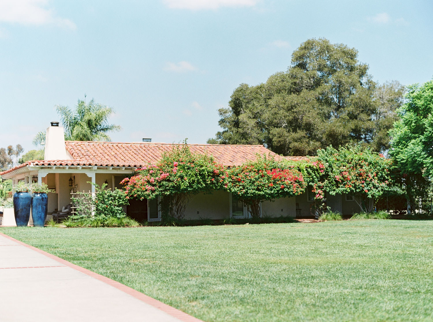 Upper Lawn at Weddings at The Inn At Rancho Santa Fe, Film photographer Cavin Elizabeth Photography