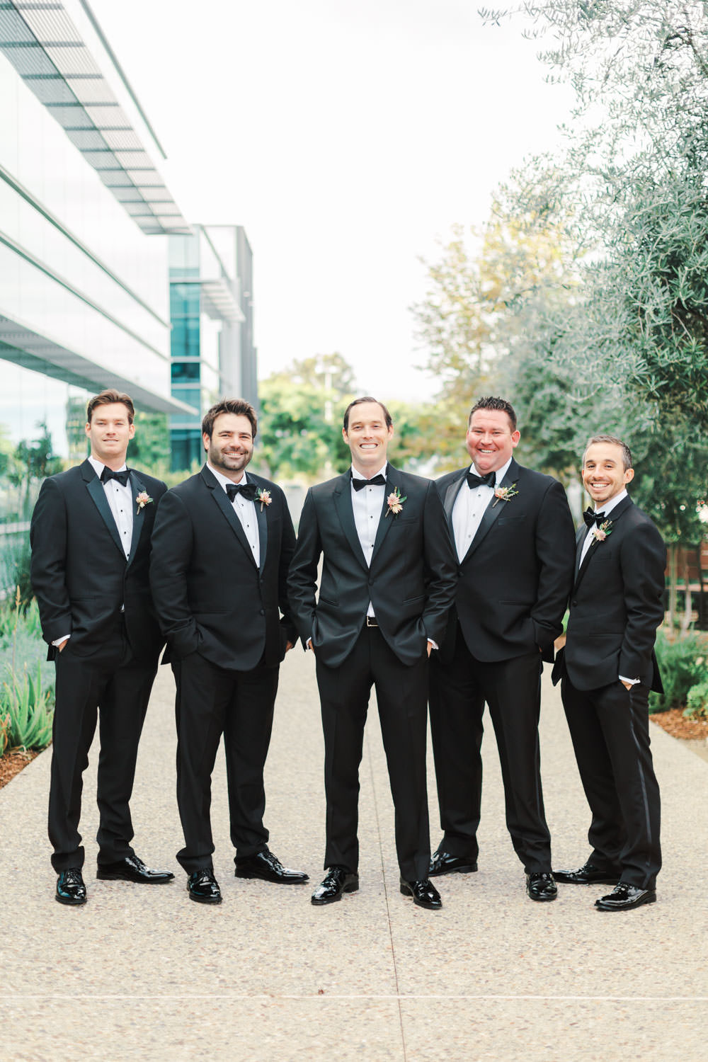 Groom with groomsmen at Green Acre Campus Pointe, Cavin Elizabeth Photography