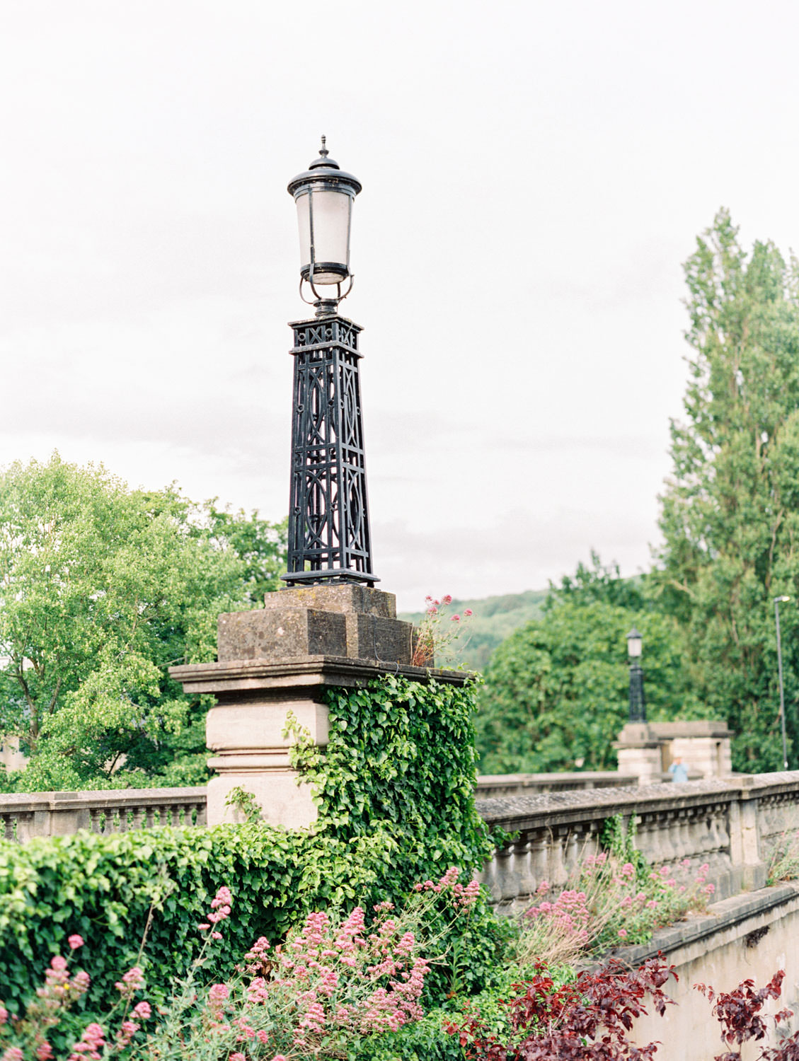 Lamppost covered in ivy on a bridge in Bath England, Cavin Elizabeth Photography